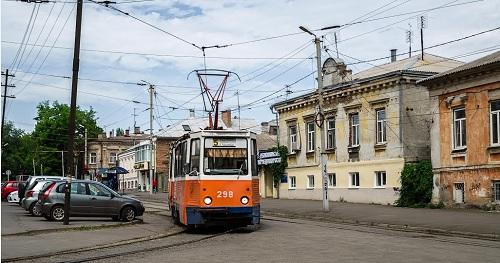 Сценки из жизни: пассажиры в трамвае и в метро