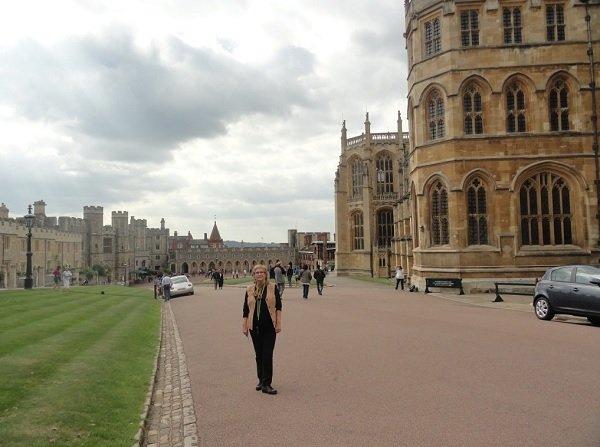 Елизавета II : интересные факты, биография, видео