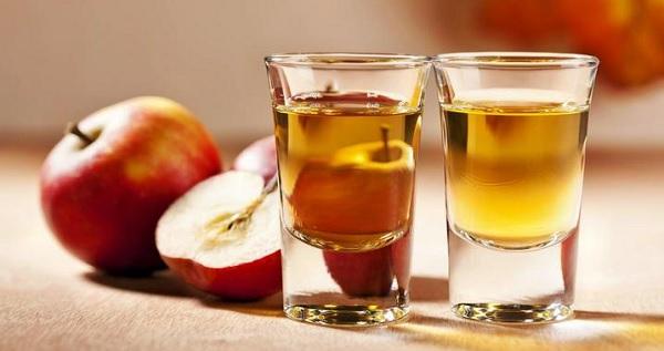 Яблочный уксус: польза и вред для организма, видео