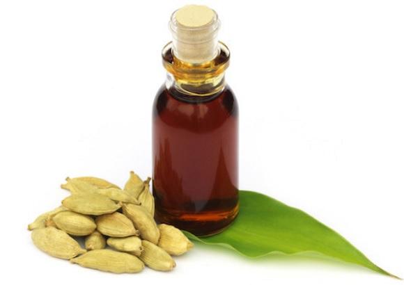 О пользе кардамона: применение семян и масла
