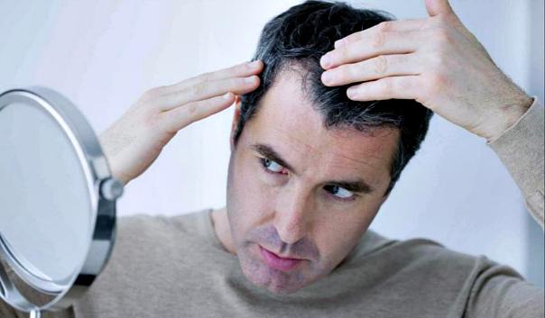 Отчего седеют волосы: причины и методы профилактики