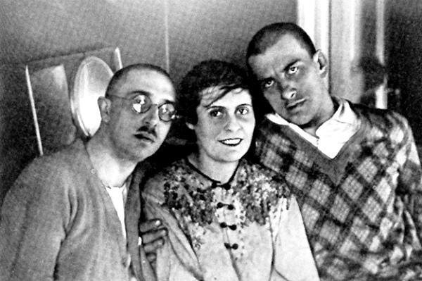 Маяковский и семья Брик