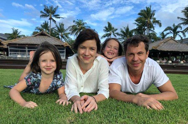 Павел Деревянко жена и дети