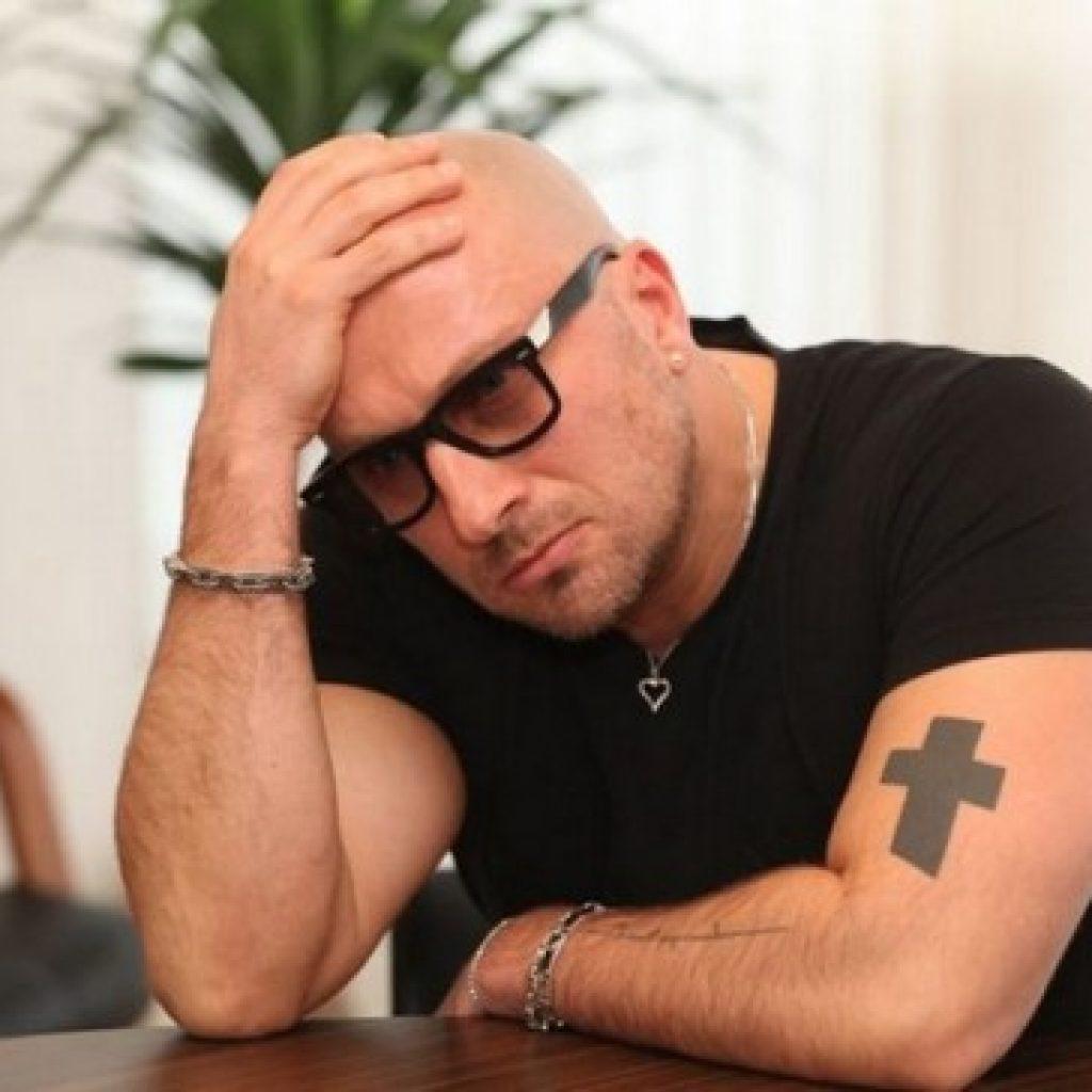 Дмитрий нагиев тату на руке
