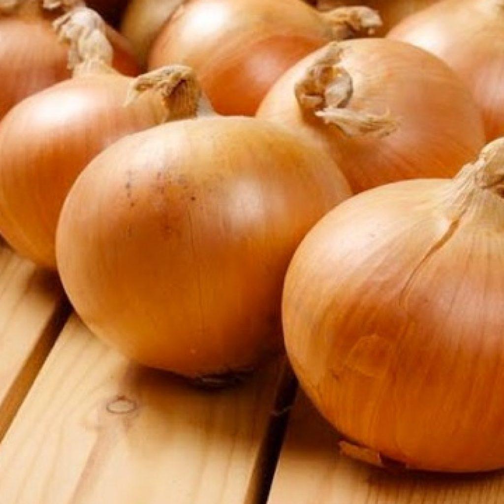 Как сделать что бы репчатый лук в салате не горчил